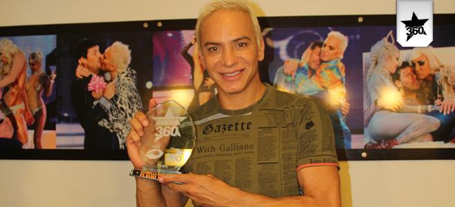 Flavio mendoza recibi la estrella dorada 2012 el for Espectaculo flavio mendoza